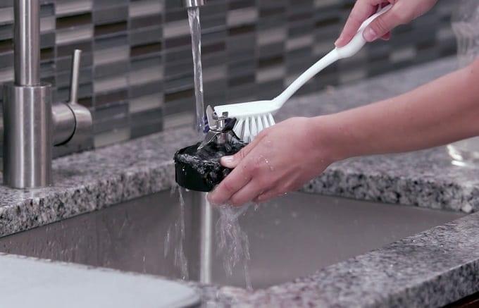 Ninja Blade Cleaning